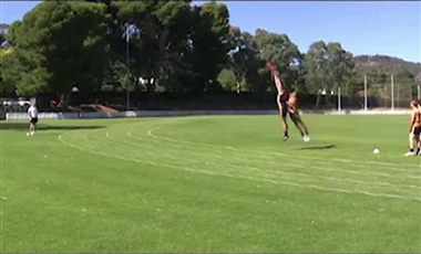 AFL Training Program: Marking Contest 1-on-1