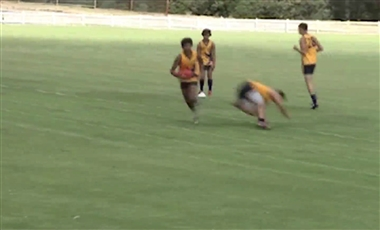 Footy Drills: Feigned Disposal and Sidestep