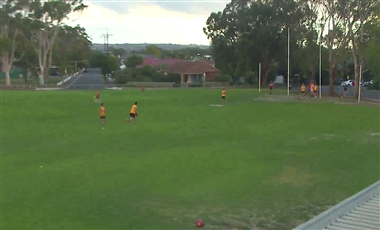 Footy Drills: Mirrored Leading Forward Race